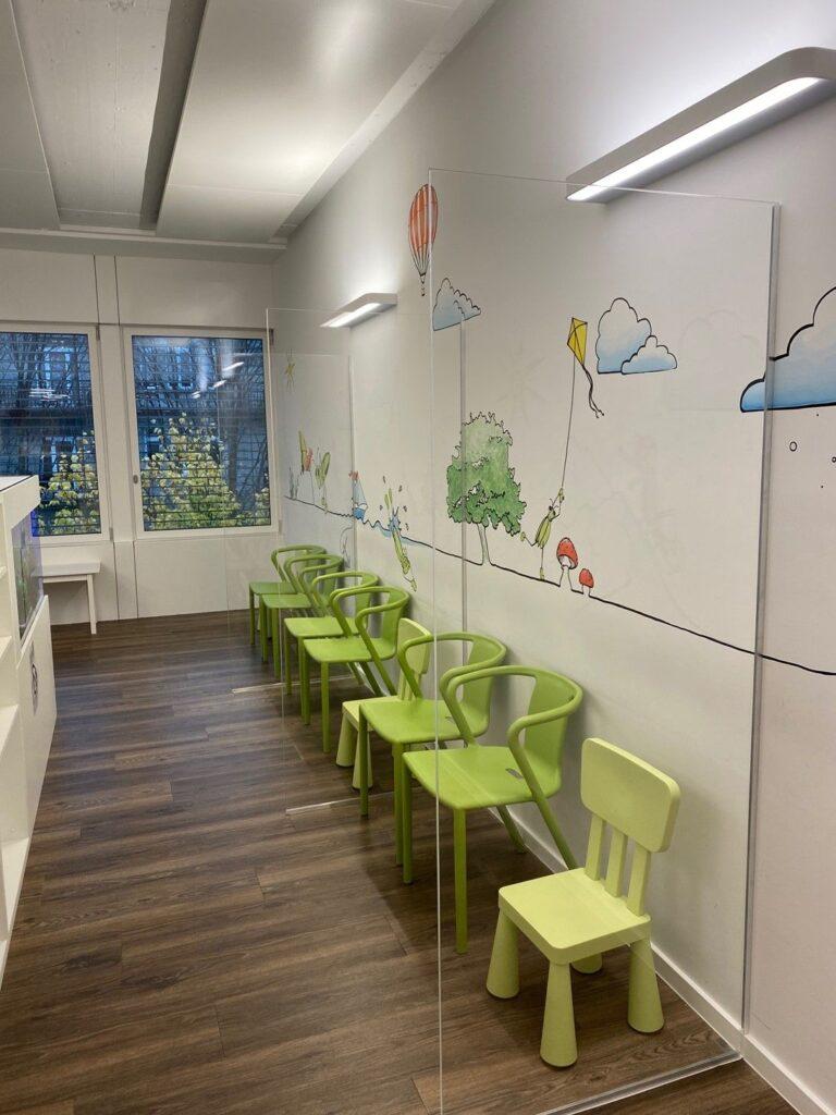Swiss Medi Kids Wartezimmer Luzern